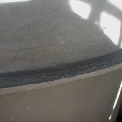 Untergrund beschichtet mit Belzona 5851 (HA-Barrier) mit hoher Temperaturbeständigkeit zur Vermeidung weiterer Korrosion