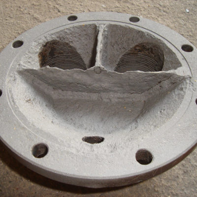 Klöpperboden des Wärmetauschers nach dem Strahlen