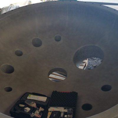 Zu schützender Reaktordeckel in einer Chemiefabrik
