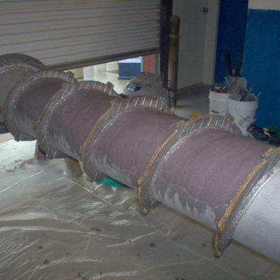 Mit Belzona 1812 (Ceramic Carbide FP) geschützter Schraubenförderer