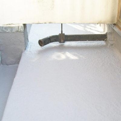 Mit einer nahtlosen Lage Belzona 3111 (Flexible Membrane) geschütztes Dach