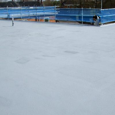 Dachfläche geschützt mit Belzona 3111 (Flexible Membrane) im Winter