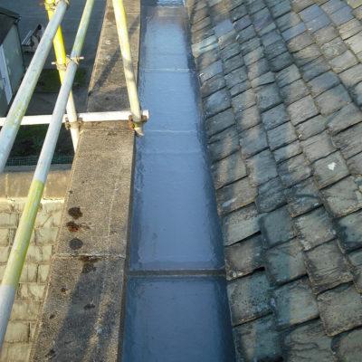 Dachrinne nach der Reparatur mit Belzona 3111 (Flexible Membrane)