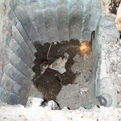 Neue Wärmetauscher-Senkgrube benötigt eine wärmebeständige Abdichtung.