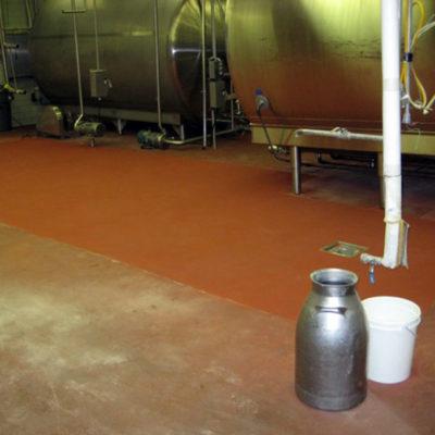 Mit Belzona 4181 (AHR Magma-Quartz) reparierter Fußboden
