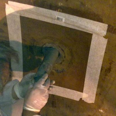 Zum Schutz der Düse eingebauter Düseneinsatz bei Anwendung von Belzona 4301 (Magma CR1 Hi-Build)