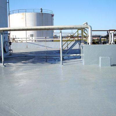 Mit Belzona 4521 (Magma-Flex Fluid) geschützter Auffangbereich mit versiegelten Dehnfugen
